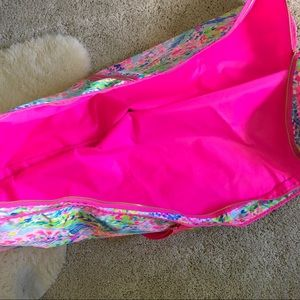 Lilly Pulitzer Bags - Lilly Pulitzer Garment Bag and Small Pouch
